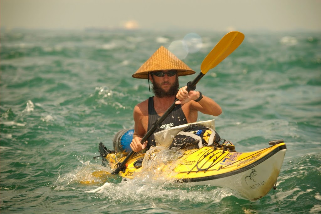 2721f1_DU_jason_kayaking_singapore_straits
